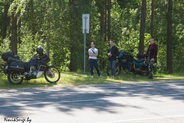 мотоциклы, Хонда Трансальп, обочина шоссе