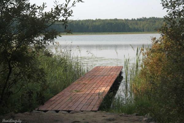 озеро Изубрица, выход к воде, кладка