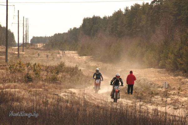 песок, мотоциклы, пыль